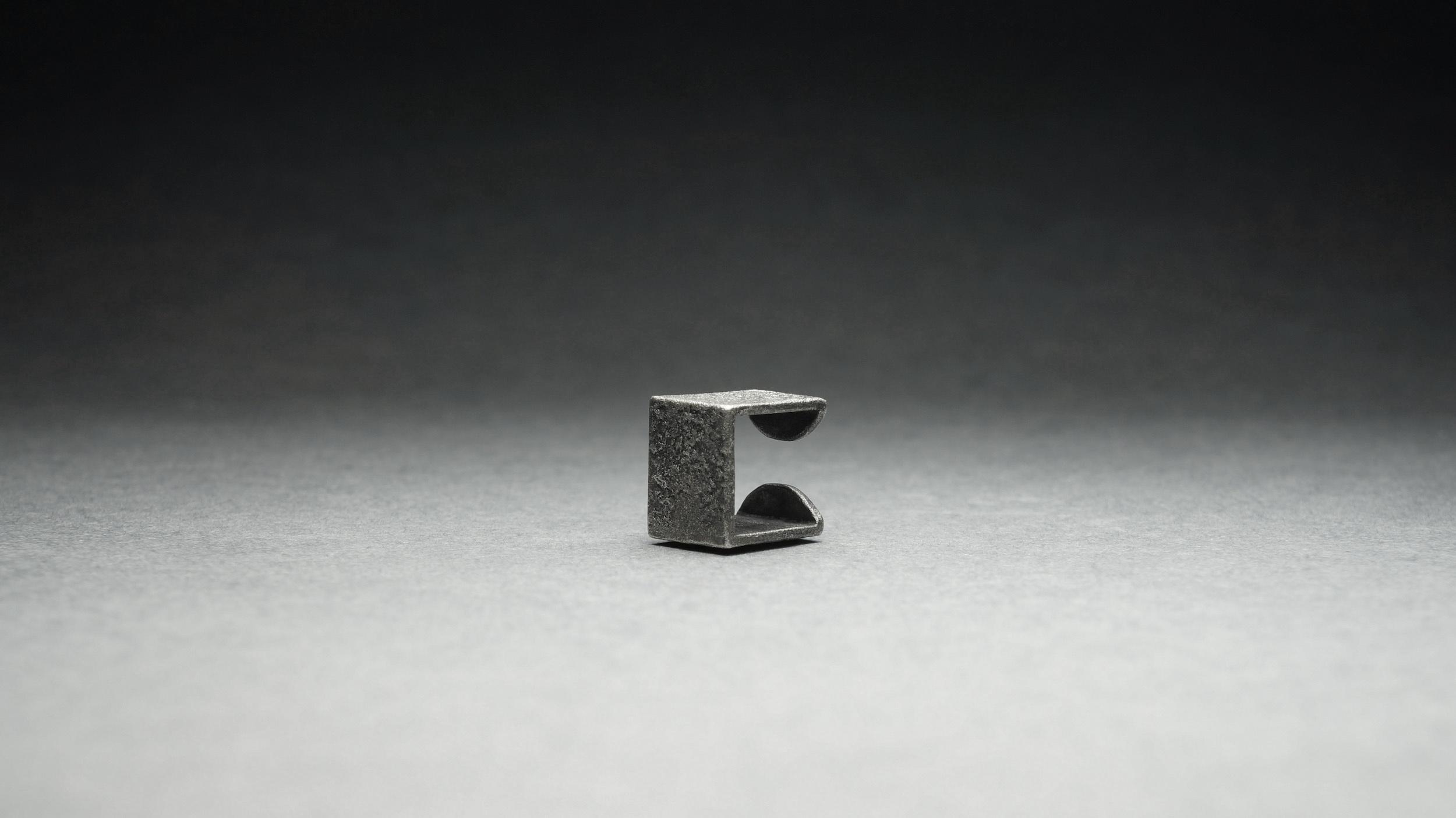 [D]EC-005