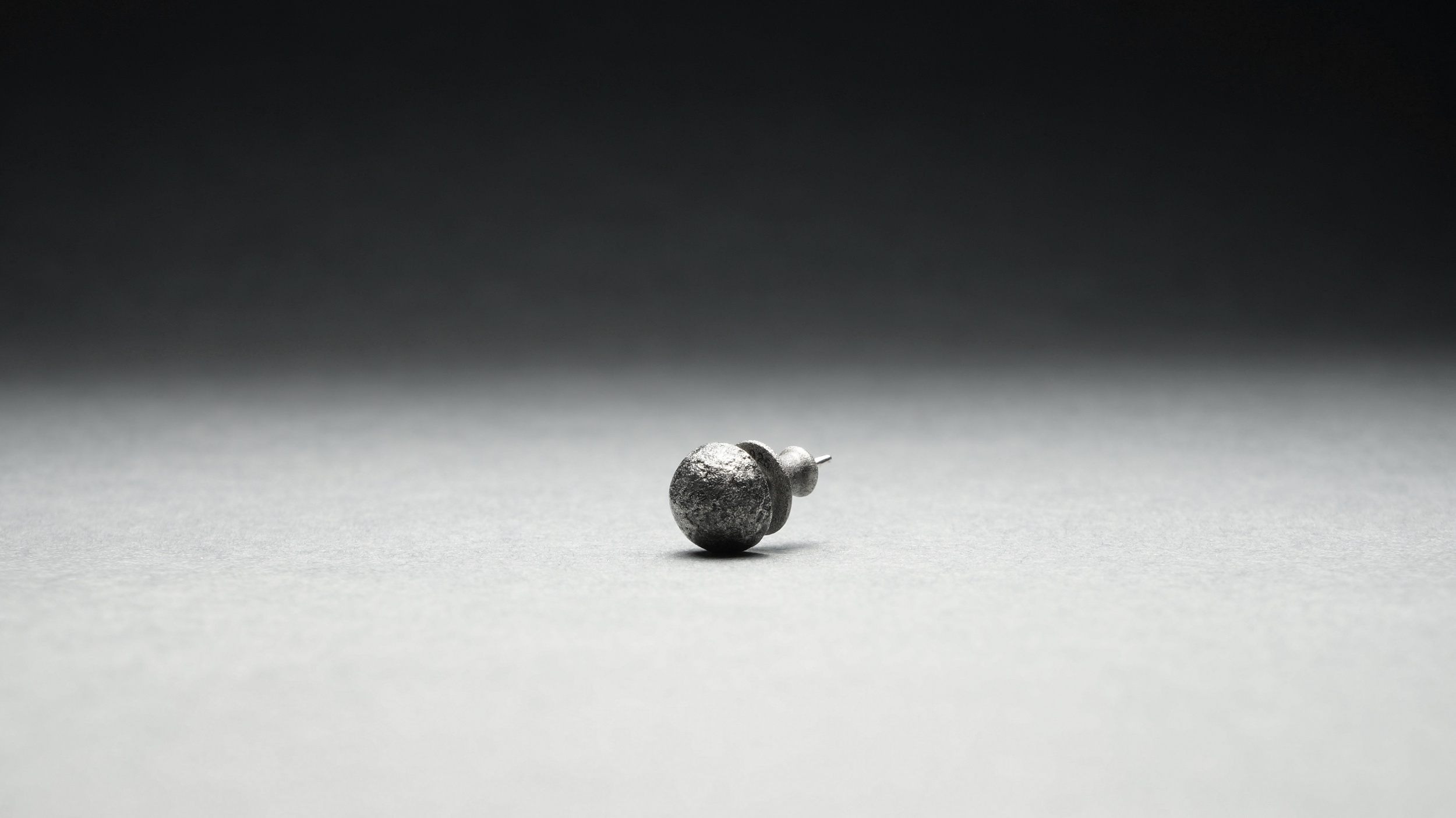 [D]E-007
